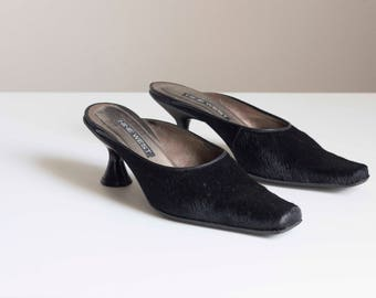 Black Pony Hair Minimalist Pointed Kitten Heel Mules 1990s Vintage // Size 8