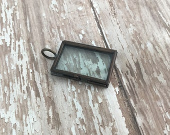 Small Double Sided Square Glass Photo Frame Pendant Hinged Floating Picture Locket Charm Vintage Style Antique Bronze Jewelry Supplies DIY