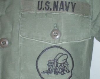 USN US Navy Seabees utility shirt size small, Coastal Ind. 1975, late VN war era