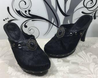 Black leather shoes, Slip on shoes, Slide on shoes, Leather clogs, Women's size 38 shoes, Women's leather heels