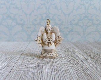 Guardian Angel - Prayer - Guard - Protect - Watch Over - Heaven - Death - Lapel Pin