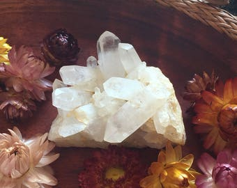 Raw quartz crystal cluster gemstone points clear quartz for healing and reiki