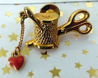 Vintage gold tone sewing machine pin with red heart  charm, pin for seamstress, womens jewelry,  jewelry, ladies pins, sewing jewelry