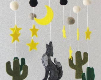 Cactus, Coyote Crib Mobile Nursery, Baby Mobile Felt, Cactus Nursery Decor, Mobile
