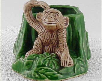 Shawnee Pottery Monkey by Stump Vintage Planter (Inventory #M4131)