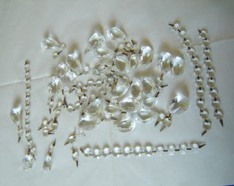 Vintage or antique 121 piece lot of chandelier clear glass prisms mixed (L1)