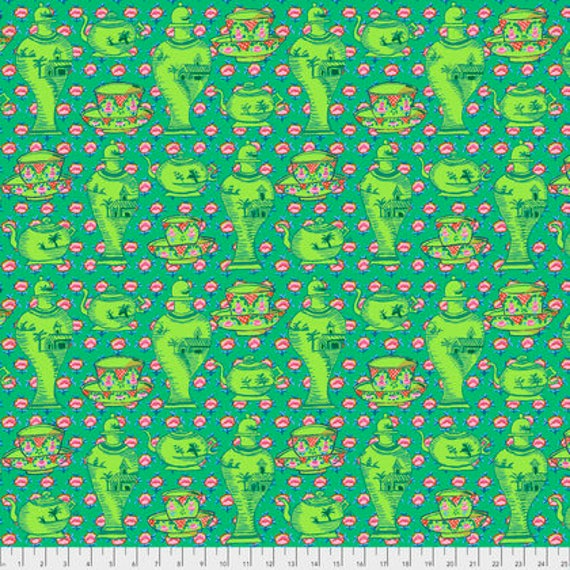 DELFT POTS GREEN PWGP165 Kaffe Fassett Sold in 1/2 yd increments