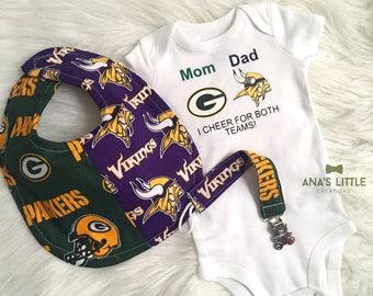 Green Bay Packers - Vikings 3pc Set baby gift, Packers-Bears Baby Bib, Paci clip and Bodysuit 3pc set
