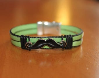 Green leather with a magnetic mustache bracelet