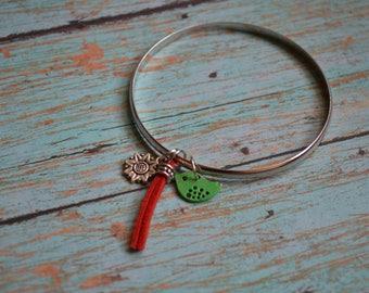Bangle Bracelet. Bird Bracelet. Painted Charm Bracelet. Bangle. Gift Under 20 Dollar. Gift Idea. Gift For Her. Gypsy Bracelet. Boho Bracelet