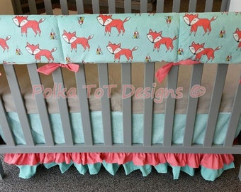 Foxes & Triangles Bumperless Baby Bedding for Woodland Nursery