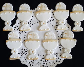 Chalice Cupcake Toppers, Communion Chalice, Chalice Decorations, Communion Favors, White and Gold Chalice, Chalice For Cake, Cake Decoration