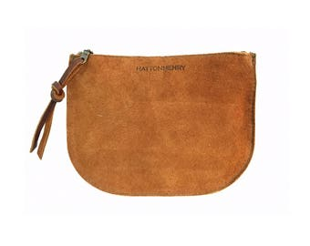 LUNA POUCH Rust Brown • Oil Tanned Leather Case