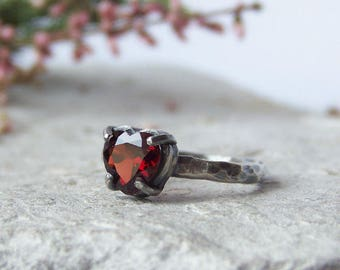 Red garnet ring, hammered silver ring, oxidized silver ring, red garnet heart, unique ring, For Order