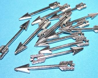 Antique Silver Arrow Charms Pendants