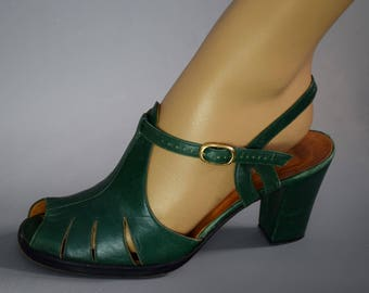ITALIAN Vintage Green Leather Peek-a-boo Sandal EU 40