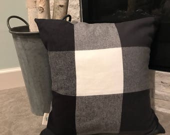 """Large checked 18"""" pillow cover"""