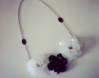 Black and white bib and flower Bead Necklace