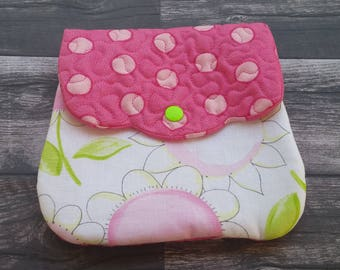 Handmade quilted cell phone purse - cell phone purse - essentials purse - quilted purse - pink and white!