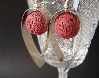 Hammered Silver Red Lava Hoop Earrings Santorini Lava Contemporary Minimalist Hoop Earrings Modern Slver and Lava Unique Earrings