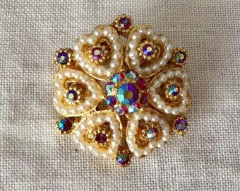 Beautiful vintage faux pearl  glass and aurora borealis  rhinestone  brooch