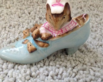 Beswick England Beatrix Potter The Old Woman Who Lived in a Shoe