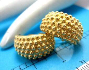 Elegant Vintage 14K Yellow Gold Huggie Style Clip On Earrings 9.8gr