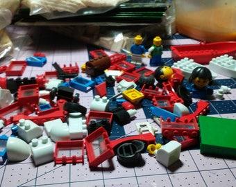 Specialty Legos Mixed Building Blocks