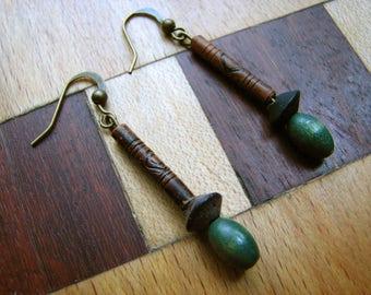 3524 -  Earrings Indian Wood