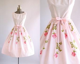Vintage 1950s Dress / 50s Cotton Dress / Jeanne D'Arc Light Pink Dress w/ Rose Embroidery XS