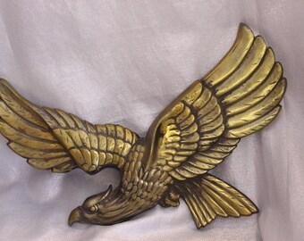 Large Vintage Metal Eagle Wall Hanging, Brass Look (16.5 Wingspan)