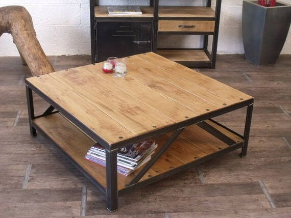Articles similaires table basse carr industrielle bois - Table basse industrielle roulette ...