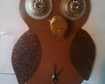 Metal Owl Hanging Clock