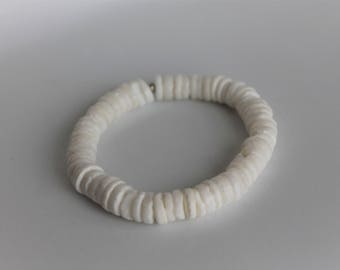 White Puka Shell Hawaiian Stretch Bracelet