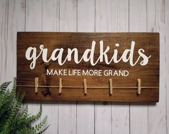 Grandkids Make Life More Grand >>Painted Wood Sign<< Christmas/Birthday/New Grandparent/Special Occasion