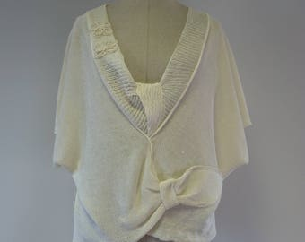 The hot price, off-white linen blouse, L size.