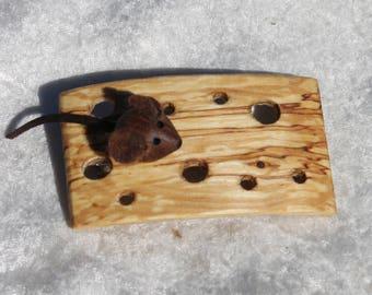 """Barrette """"souris et gruyère"""" en bois de hêtre - Fabrication artisanale"""