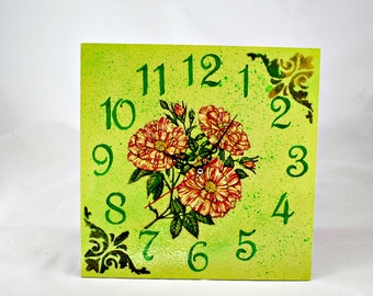 Wall clock Vintage Flowers +FREE Shipping
