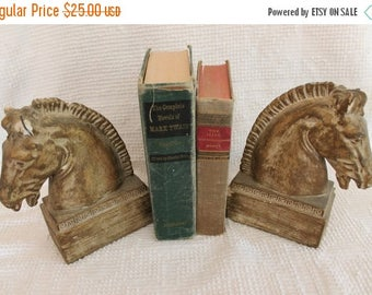 """SALE Set of Shabby Chic Plaster Trojan Horse 8"""" Bookends"""