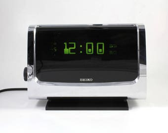 Vintage Space Age Seiko DL-405 Alarm Clock