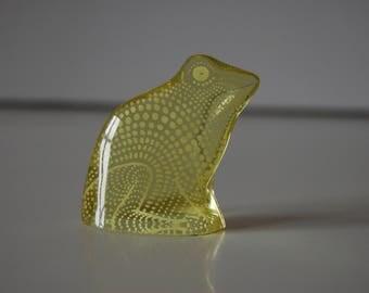 Yellow frog Abraham Palatnik