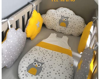 Round white bed clouds in gray cotton starry, starry OWL and yellow with stars