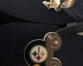 Pittsburgh Steelers with Minnie Mouse flip flops
