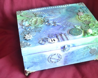 Mixed media jewellery or memory box, stunning example
