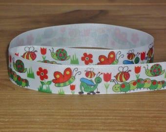Ribbon grosgrain coupon 2 meters, white patterned butterflies, caterpillars, snails, flowers, 22mm wide