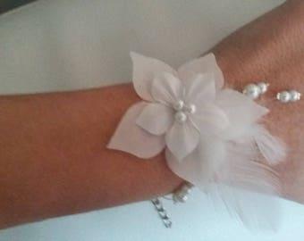 Bracelet available hypoallergenic wire white silk flower on wedding