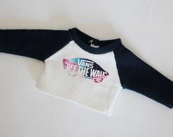 Blythe/kukuclara shirt (navy vans logo)