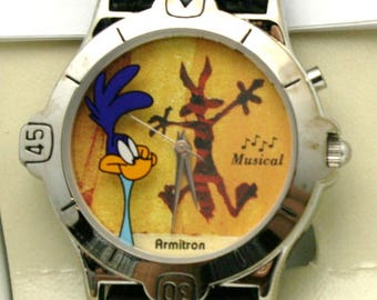 Road Runner Wile E. Coyote Watch Looney Tunes Musical 36 mm Watch Vintage