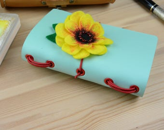 Pocket / Field Notes Mint Green Daisy Flower Leather Fauxdori Travelers Notebook Moleskine Cover 14 x 9 cm 3.5 x 5.5 ins