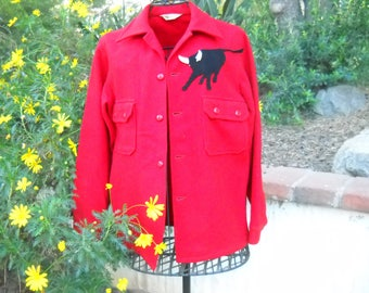 Red Wool Philmont Bull Boyscout jacket, Boy Scouts of America official jacket with bakelite celuoid  buttons and the Bull patch, size 40